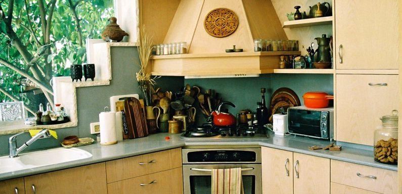 Możliwe warianty urządzenia kuchni – układ ciągu szafek
